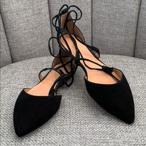 Black ankle-strap points